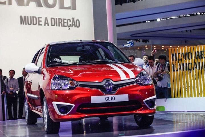 LaClio2013 destinée au marché sud-américain, présentée lors du salon de Sao Paulo (Brésil), le 22 octobre 2012. (VANESSA CARVALHO / BRAZIL PHOTO PRESS)