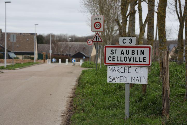 St Aubin-Celloville est l'une des 27 communesconcernéespar le projet de contournement Est de Rouen. (ANTOINE DEIANA / FRANCEINFO)