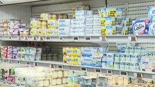 Alimentation : que trouve-t-on vraiment dans les yaourts aux fruits ? (France 3)