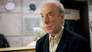 """Robert Castel dans le film """"Du jour au lendemain"""" (réalisation : Philippe Le Guay) sorti en 2006 (PHOTO12 / ERIC CARO / AFP)"""