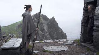 Scène de Star Wars, épisode VIII : Les Derniers Jedi (LUCASFILM)