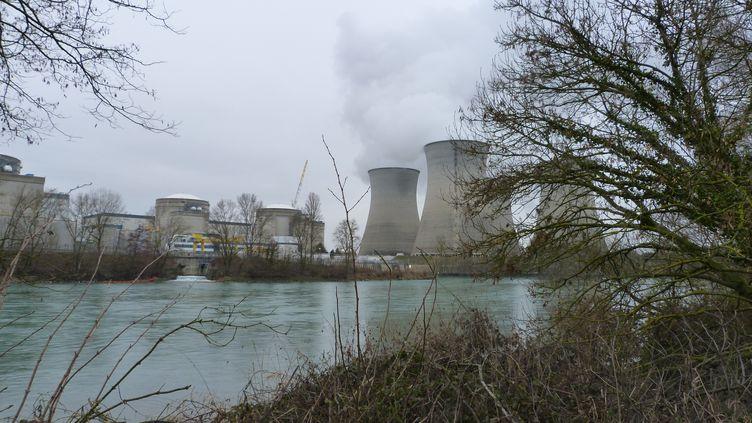 La centrale nucléaire du Bugey, dans l'Ain, le 11 février 2018. (ANONYMOUS / CROWDSPARK / AFP)