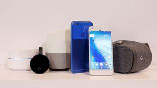 Objets connectés commercialisés par Google. (BECK DIEFENBACH / REUTERS)