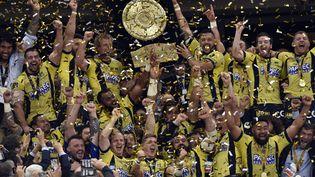 Clermont a remporté le championnat de France de rugby, le dimanche 4 juin 2017. (THIERRY ZOCCOLAN / AFP)