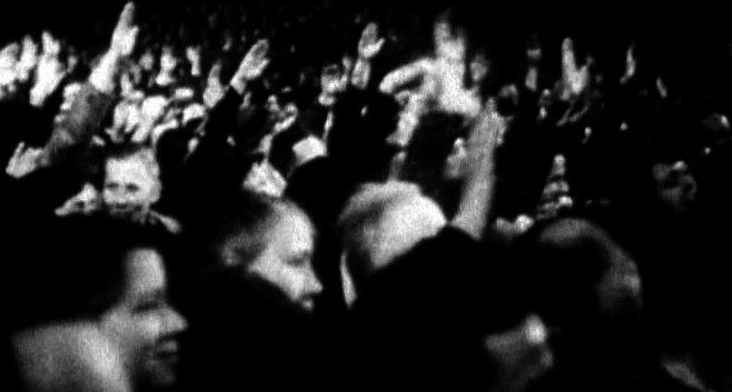 L'une des nombreuses manifestations de masse du nazisme  (France 2 )