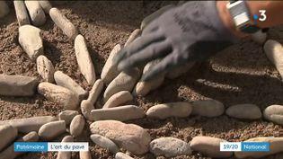 Patrimoine : à Pézenas, un chantier pour faire des calades (FRANCE 3)