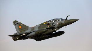 Un Mirage 2000 de l'armée françaiseen mission au Sahel, le 22 décembre 2018. (LUDOVIC MARIN / AFP)