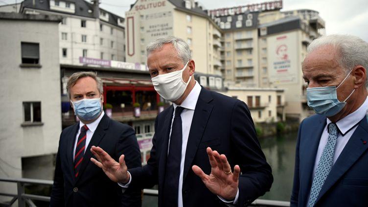 Le ministre de l'Economie, Bruno Le Maire, à Lourdes (Hautes-Pyrénées), le 10 août 2020. (LIONEL BONAVENTURE / AFP)