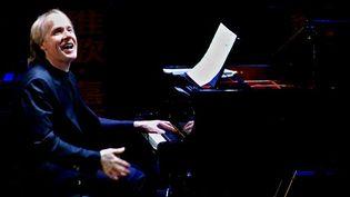 Richard Clayderman en concert en Chine, à Shantou, le 4 janvier 2012  (Xu Ming / Xinhua)