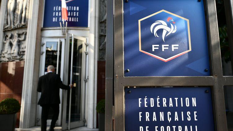Le siège de la Fédération française de football, à Paris. (PHILIPPE LOPEZ / AFP)