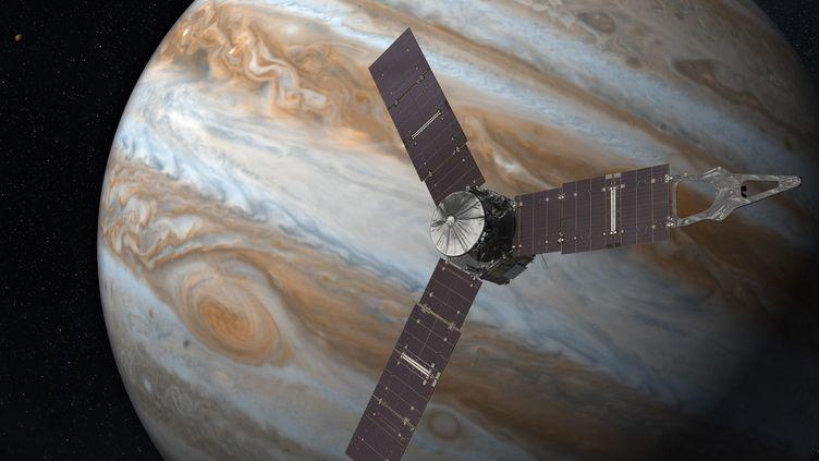 Vue d'artiste de la sonde Juno arrivant en orbite autour de Jupiter (NASA)