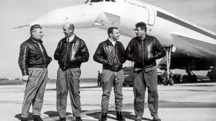 De gauche à droite, Michel Rétif, André Turcat, Henri Perrier et Jacques Guignard, le 28 février 1969 à Toulouse. Seul Michel Rétif est toujours vivant. (AFP)