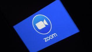 Le logiciel Zoom parmi les marques qui ont bénéficié de la crise du Covid-19. (OLIVIER DOULIERY / AFP)