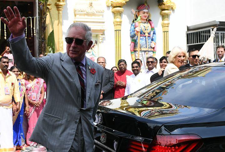 """L'enquête internationale des """"Paradise Papers"""" a révélé, le 8 novembre 2017, que le prince Charles, héritier de la couronne britannique, a investi, via le duché de Cornouailles, trois millions et demi d'euros dans les îles Caïmans, un paradis fiscal. (MOHD RASFAN / AFP)"""