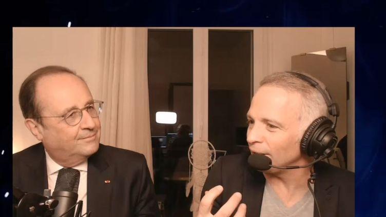 François Hollande était l'invité de Samuel Etienne, sur Twitch, lundi 8 mars 2021. (CAPTURE D'ÉCRAN TWITCH)