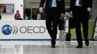 Le logo de l'OCDE à Paris. Photo d'illustration. (VINCENT ISORE / MAXPPP)