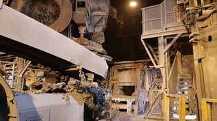 Le four à arc électrique à l'arrêt dans l'usineLME àTrith-Saint-Léger, près de Valenciennes, vendredi 15 octobre. (SARAH LEMOINE / FRANCEINFO / RADIO FRANCE)