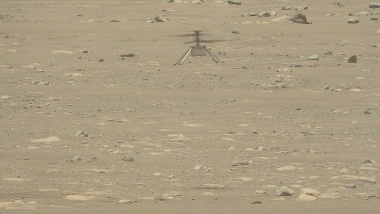 L'hélicoptère Ingenuity de la Nasa sur Mars, le 22 avril 2021. (HANDOUT / CALTECH / AFP)