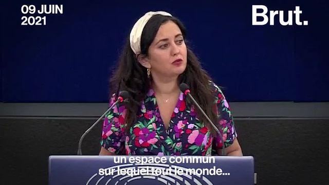 Plusieurs députées ont décidé de briser le silence sur le harcèlement que subissent les femmes sur les réseaux sociaux.