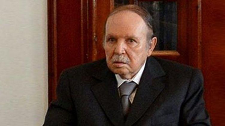 Le président algérien Abdelaziz Bouteflika,le 16 juillet 2013, datede son retour en Algérie. (APS / AFP )