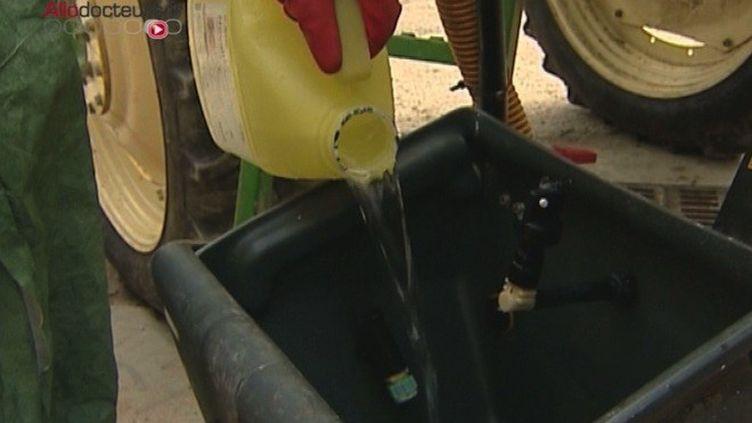 Pesticides : le gouvernement suspend l'utilisation d'un produit à l'origine d'intoxications