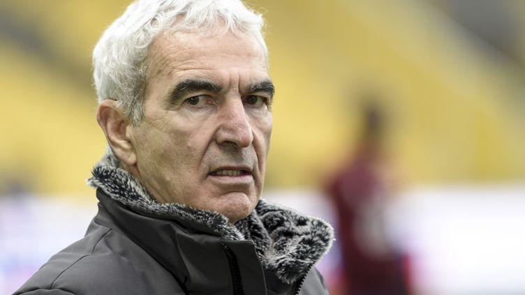 Raymond Domenech ne dirigera plus le FC Nantes après avoir été limogé le mercredi 10 février.(SEBASTIEN SALOM-GOMIS / AFP) (SEBASTIEN SALOM-GOMIS / AFP)
