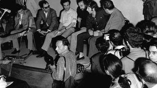 Claude Lelouch, Jean Luc Godard, François Truffaut, Louis Malle et Roman Polanski en grève par solidarité avec les étudiants français lors du Festival de Cannes de 1968 qui va être annulé. Les voici lors de la célèbre conférence de presse. (GILBERT TOURTE / GAMMA-RAPHO)
