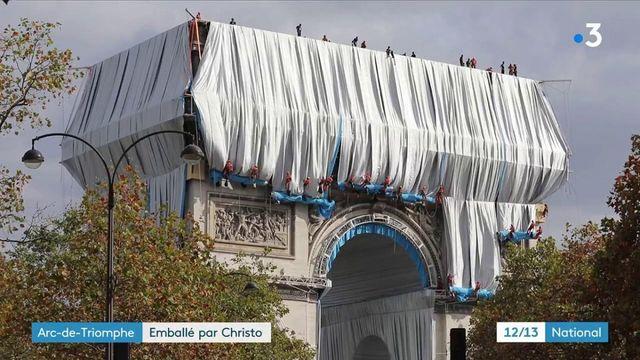 L'Arc de Triomphe empaqueté : le monument recouvert d'une toile