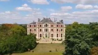 France 3 vous propose de découvrir le Palais Briau, une villa italienne en plein coeur de l'Anjou. (FRANCE 3)