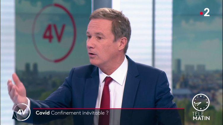 """Nicolas Dupont-Aignan, président de Debout la France, est l'invité des """"4 Vérités"""" de France 2, vendredi 29 janvier. (Nicolas Dupont-Aignan, président de Debout la France)"""
