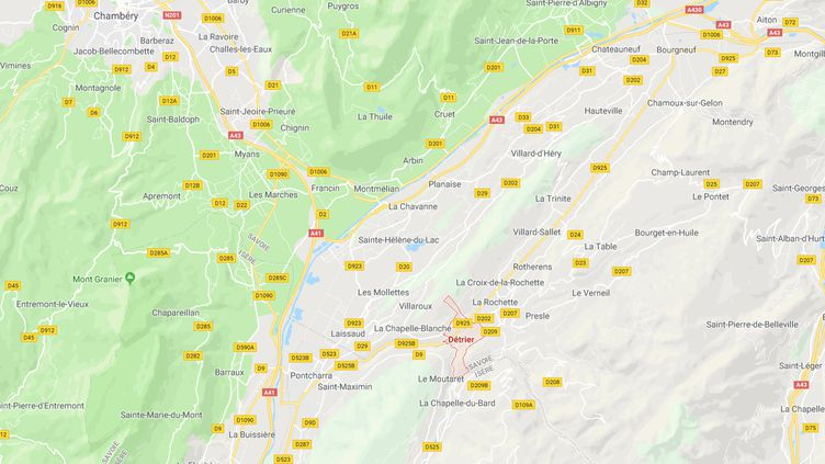 Le corps du pompier porté disparu a été retrouvé à Détrier (Savoie), à 400 mètres du lieu de l'accident, vendredi 5 janvier. (CAPTURE D'ECRAN GOOGLE MAPS / RADIO FRANCE)