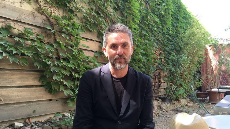 L'auteur et metteur en scène Pascal Rambert à Avignon, le 5 juillet 2019. (LORENZO CIAVARINI AZZI / FRANCEINFO CULTURE)