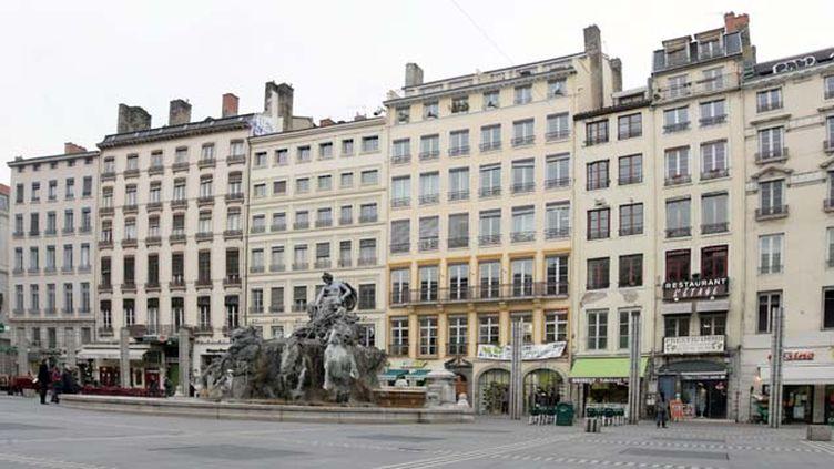 (La place des Terreaux de Lyon © Maxppp)