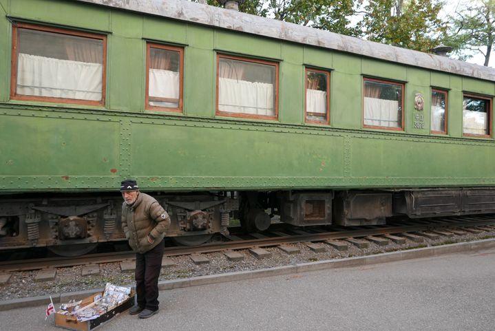 La ville de Gori abrite un musée kitchissime à la gloire de Staline et à l'extérieur son fameux wagon blindé,unevoiture verte Pullmande83 tonnes. Elle a été utilisée par Staline à partir de 1941, notamment lors de sa participation à la conférence de Yalta et à la conférence de Téhéran (Photo Emmanuel Langlois)