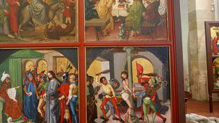 Quatre des ving-quatre panneaux qui composent le retable des Dominicains.  (N.Thibaut / Photononstop)