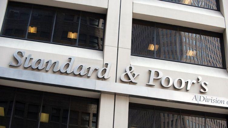 Les bureaux de l'agence de notation américaine Standard's & Poor's à New York (Etats-Unis) le 18 août 2011. (DON EMMERT / AFP)