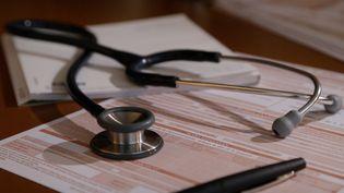 Alors que le gouvernement présente un plan de lutte contre les déserts médicaux, l'Atlas démographique du Conseil national de l'Ordre des médecins, publié jeudi, revient sur dix ans d'analyses démographiques de la profession. (PULSATIONS)