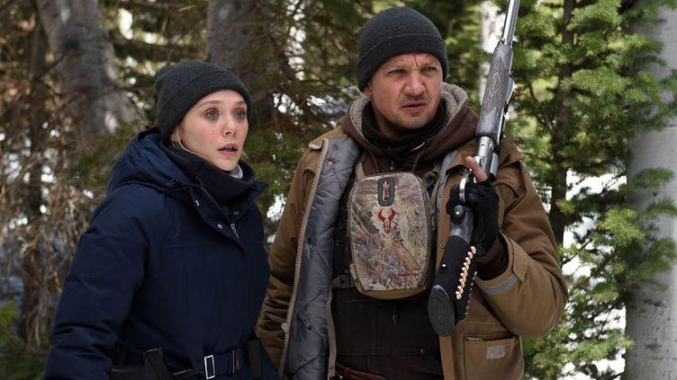 "Elizabeth Olsen, Jeremy Renner dans ""Wind River"" de Taylor Sheridan  (Metropolitan FilmExport)"