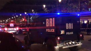 Une opération de police à lagare du Nord à Paris, lundi 8 mai. (REMY BUISINE / TWITTER)