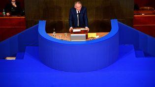 François bayrou, haut-commissaire au Plan, devant le Conseil économique, social et environnemental (CESE), le 22 septembre 2020. (MARTIN BUREAU / AFP)