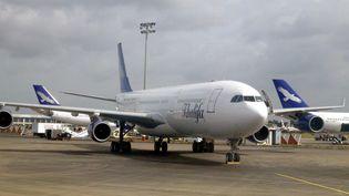 Octobre 2012, le sommet de la gloire pour Rafik Khalifa. a compagnie aérienne semble promise à un avenir radieux. (DOMINIQUE FAGET / AFP)