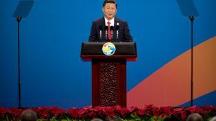 Le président chinoisXi Jinping lors de la cérémonie d'ouverture du forum international des Routes de la soie, à Pékin, le 14 mai 2017. (MARK SCHIEFELBEIN / POOL)