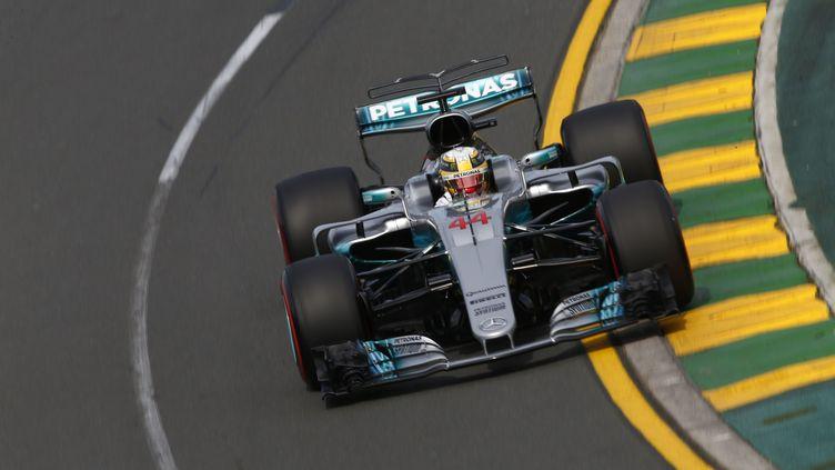 Au volant de sa Mercedes numéro 44, Lewis Hamilton a déjà signé un temps record lors des premiers essais libres du GP d'Australie. (HOCH ZWEI / HOCH ZWEI)