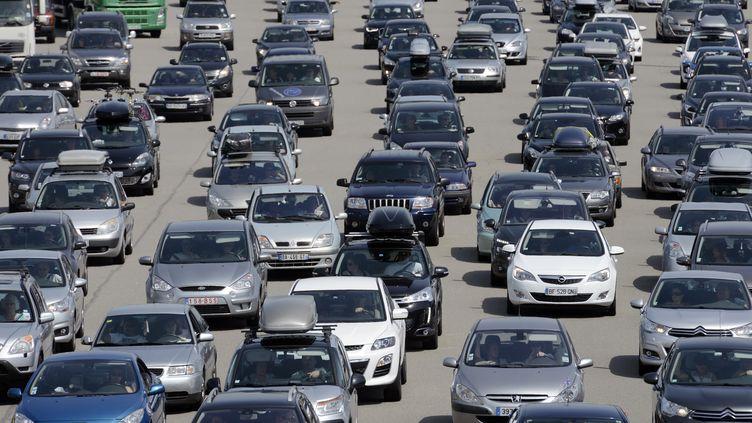 Sur l'autoroute A7, en août 2013. (PHILIPPE DESMAZES / AFP)