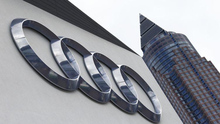 Le stand du constructeur automobile Audi au salon de Francfort (Allemagne), le 14 septembre 2015. (RALPH ORLOWSKI / REUTERS)