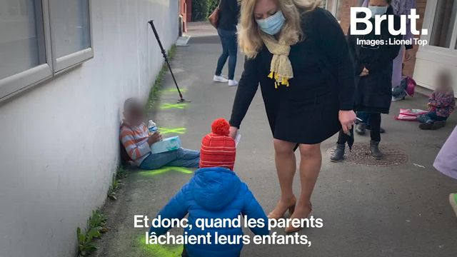 Des enfants isolés les uns des autres dans la cour de récréation d'une école de Tourcoing. C'est l'une des photos les plus fortes du déconfinement. Ce cliché, c'est le journaliste Lionel Top qui l'a pris. Il raconte.