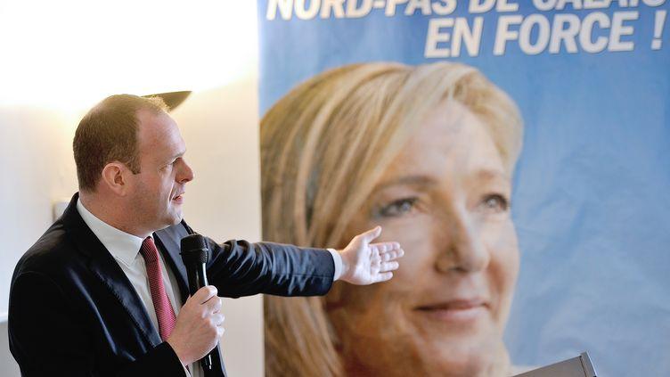Le candidat FN à Hénin-Beaumont (Pas-de-Calais), Steeve Briois, le 8 mars 2014. (PHILIPPE HUGUEN / AFP)