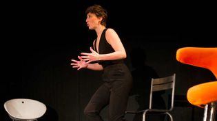 Noémie Caillault au Théâtre du Petit Sain-Martin  (Christophe Vootz)
