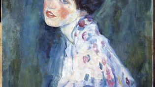 Portrait de femme de Gustav Klimt (1862-1918) peint en 1916 (Galleria Ricci Oddi). (LEEMAGE / AFP)