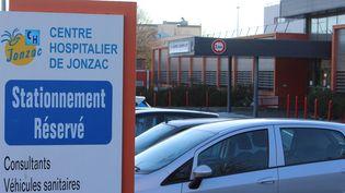 L'hôpital de Jonzac (Charente-Maritime), où a exercéJoël Le Scouarnec entre 2008 et 2017. (MAXPPP)